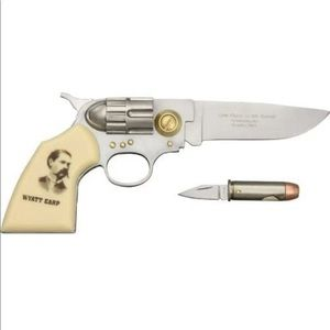 Wyatt Earp legends of the west gun knife & bullet